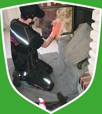 Nettoyage et entretien régulier de cheminée